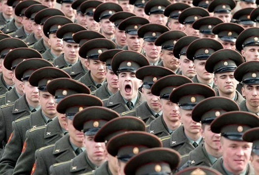 17-soldier-yawning-perfect-