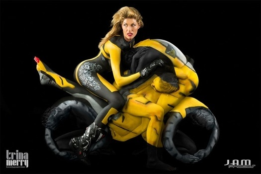 motorcycle  body  painting  art  photographs  trina  merry 1  Amazing  Body  Painting  Photographs  By  Trina  Merry