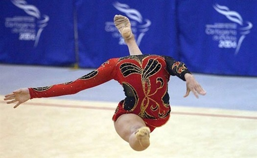 35-headless-gymnast-perfect